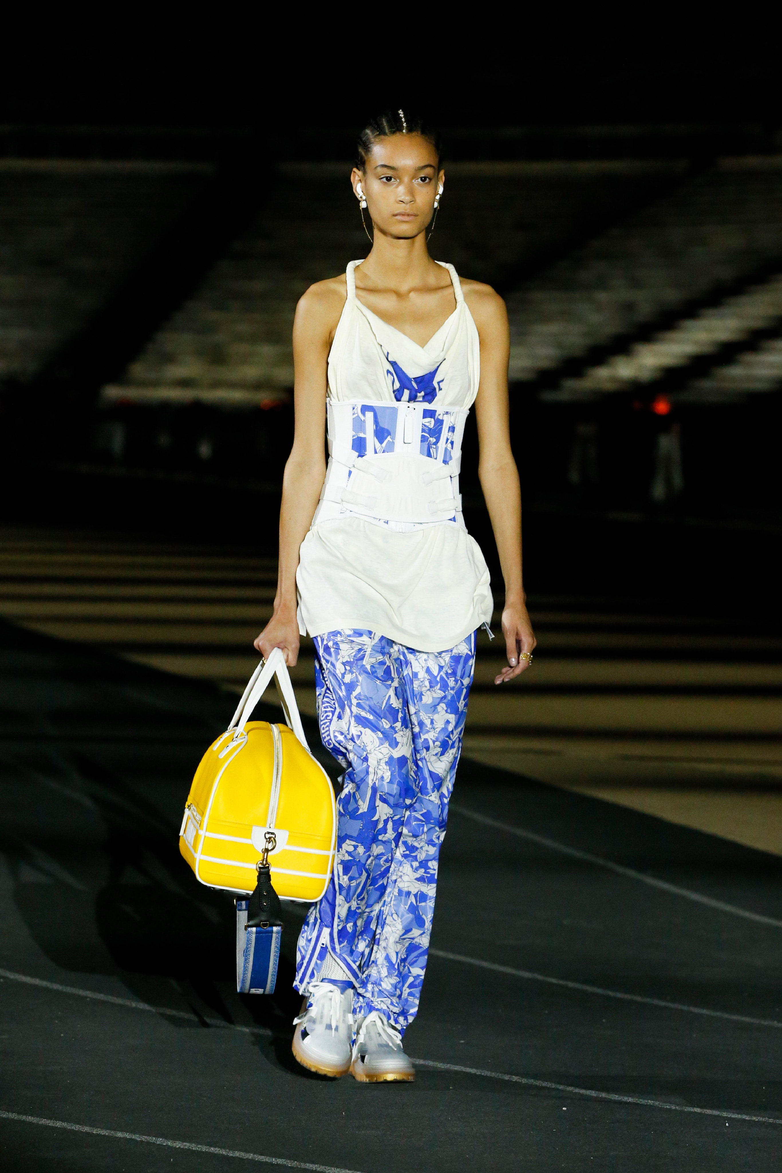 00038-Dior-Resort-2022-credit-brand.jpeg