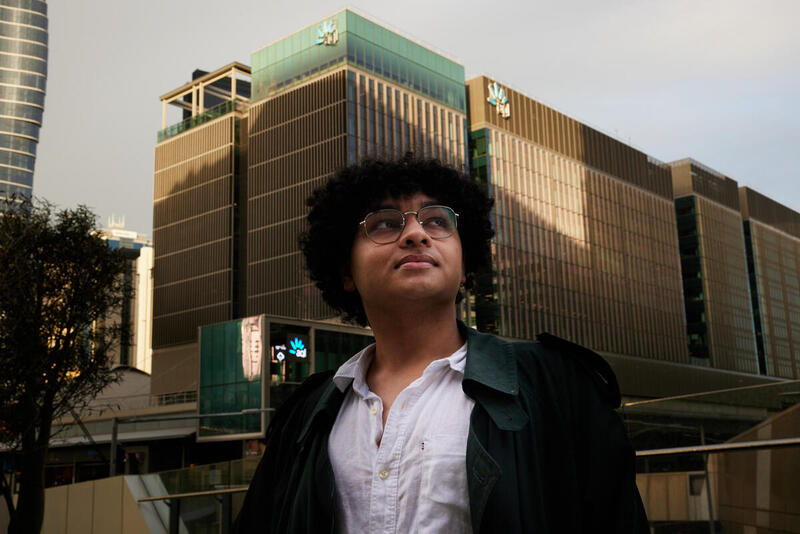 Ashjayeen Sharif, an 18-year-old Melbourne student, is running for a director position at AGL.
