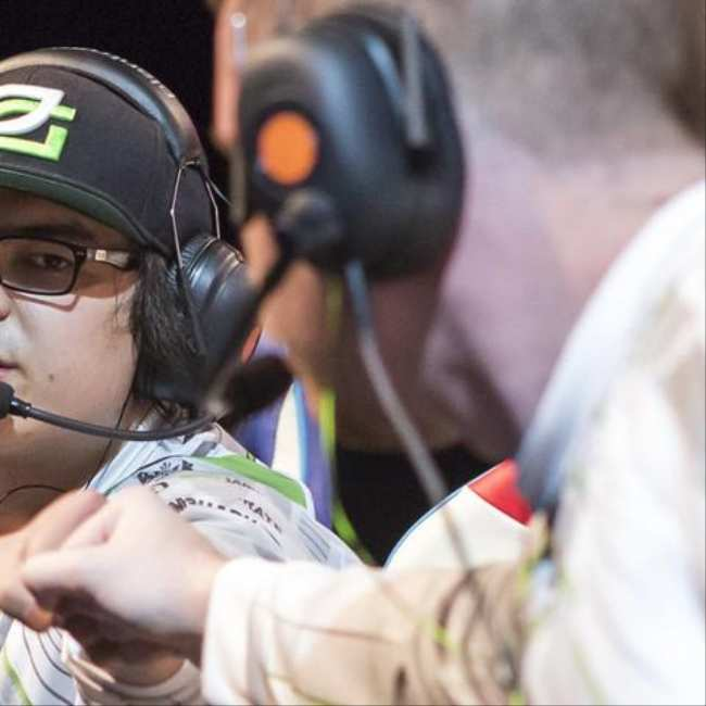 Meeting The Stars Of Competitive Call Of Duty Vice