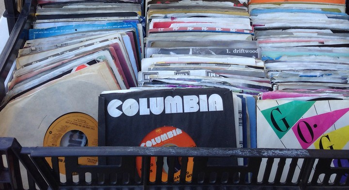 How To Sell Your Old Vinyl And Not Get Screwed Noisey