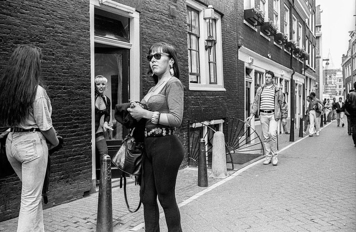 Photos of Amsterdam's Red Light District in the 90s