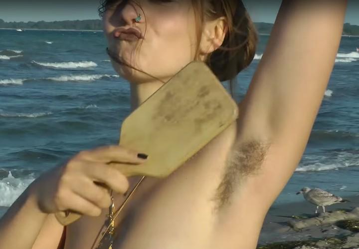Flipboard Diese Frau Hat Sich Ein Jahr Lang Alle Körperhaare