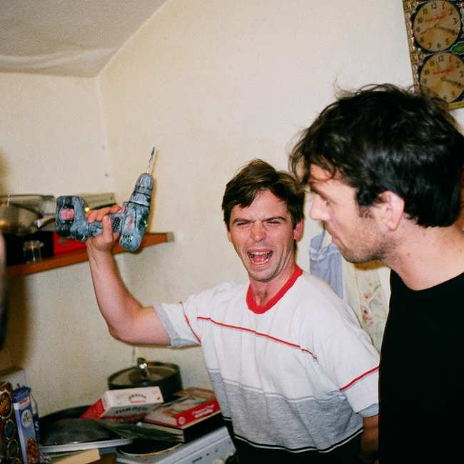 df4b76fd6 Here's Every Roommate You're Going to Live with in Your 20s - VICE