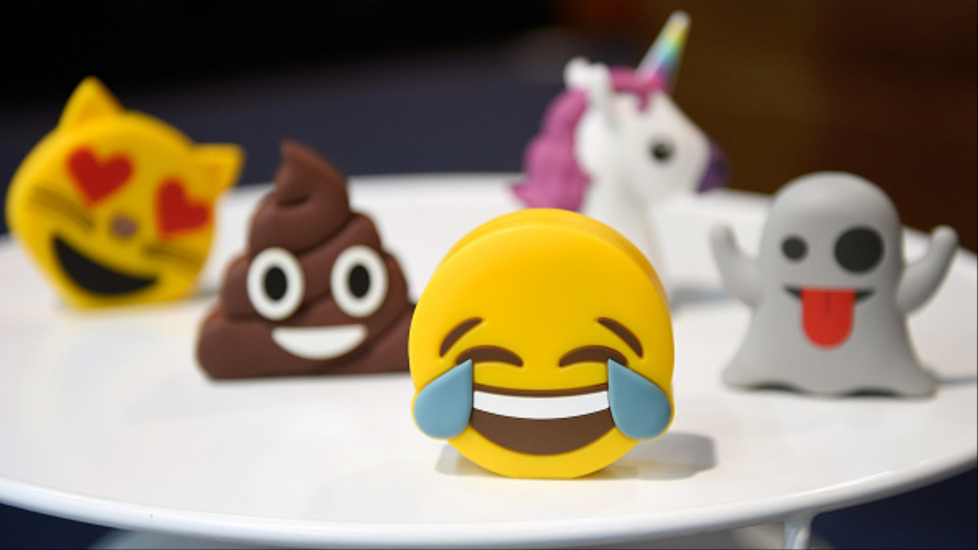 We Talked to a Psychologist Who Takes Emojis Very, Very