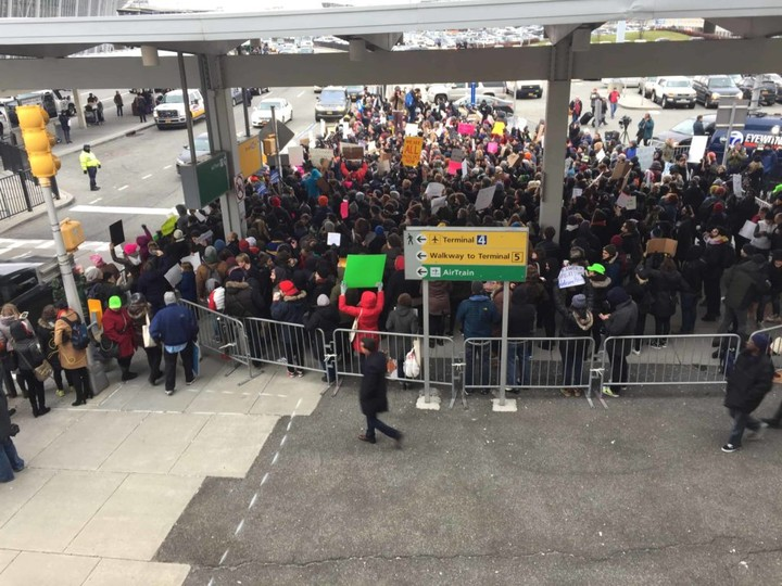 Trump's Refugee Ban Is Causing Chaos, Protests, and Detentions at Airports