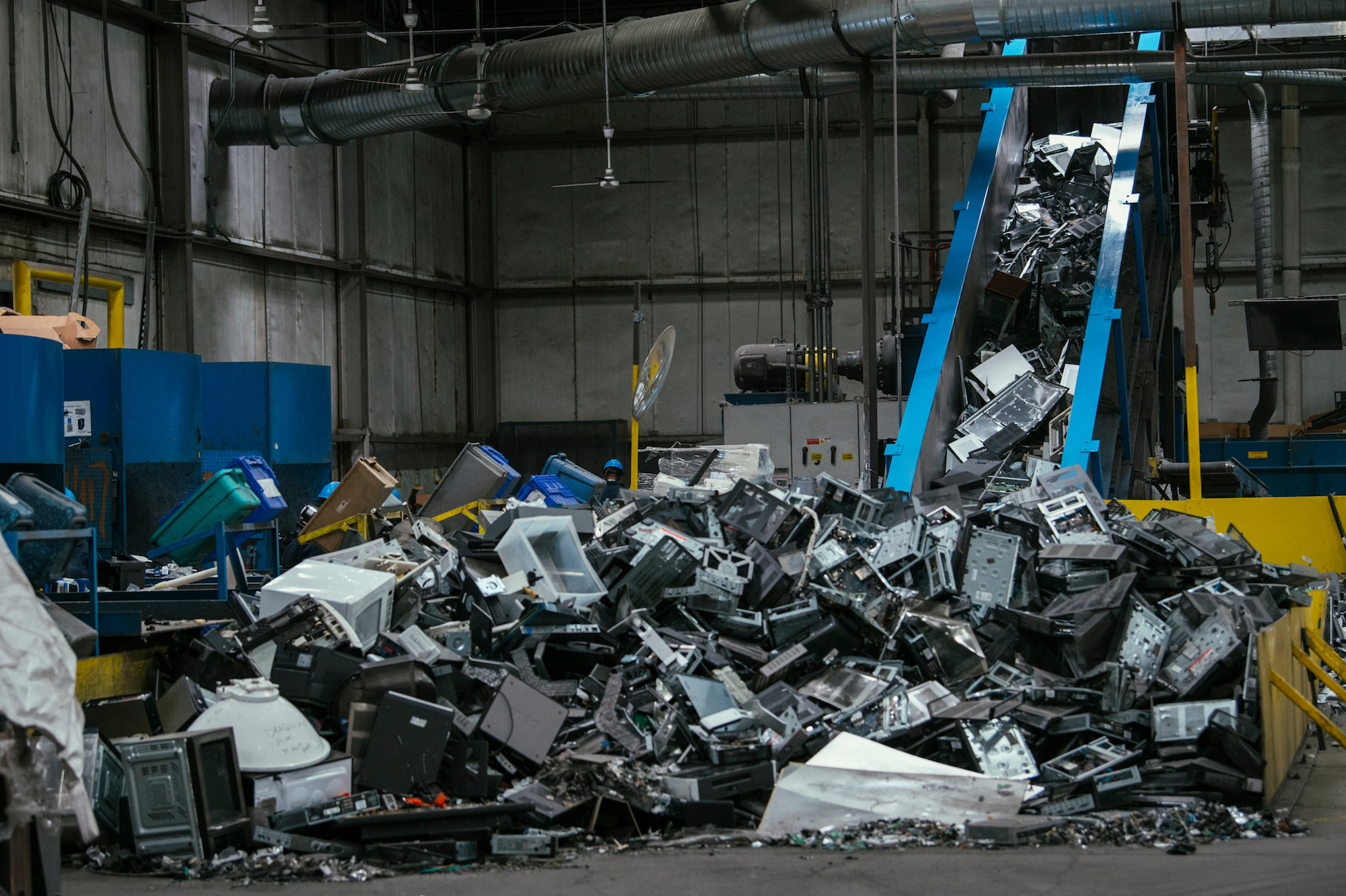 Americas Television Graveyards Motherboard Electronics Scrap Recycling Pictures