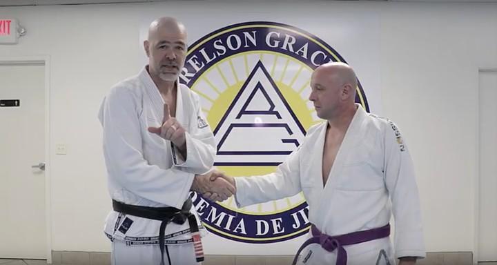 Ein Jiu-Jitsu-Meister erklärt, wie du Donald Trump im Händeschütteln besiegst