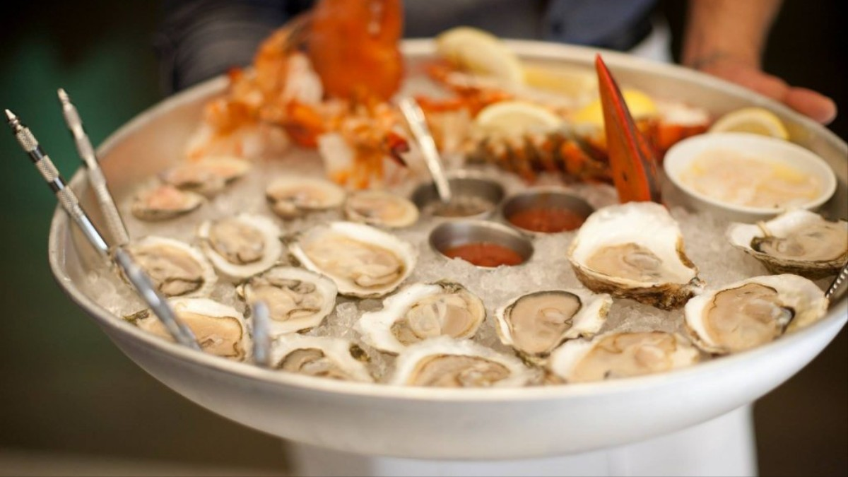 Best Seafood Restaurants In Boston 2020 Find the Best Seafood in Boston at These 10 Local Approved Spots