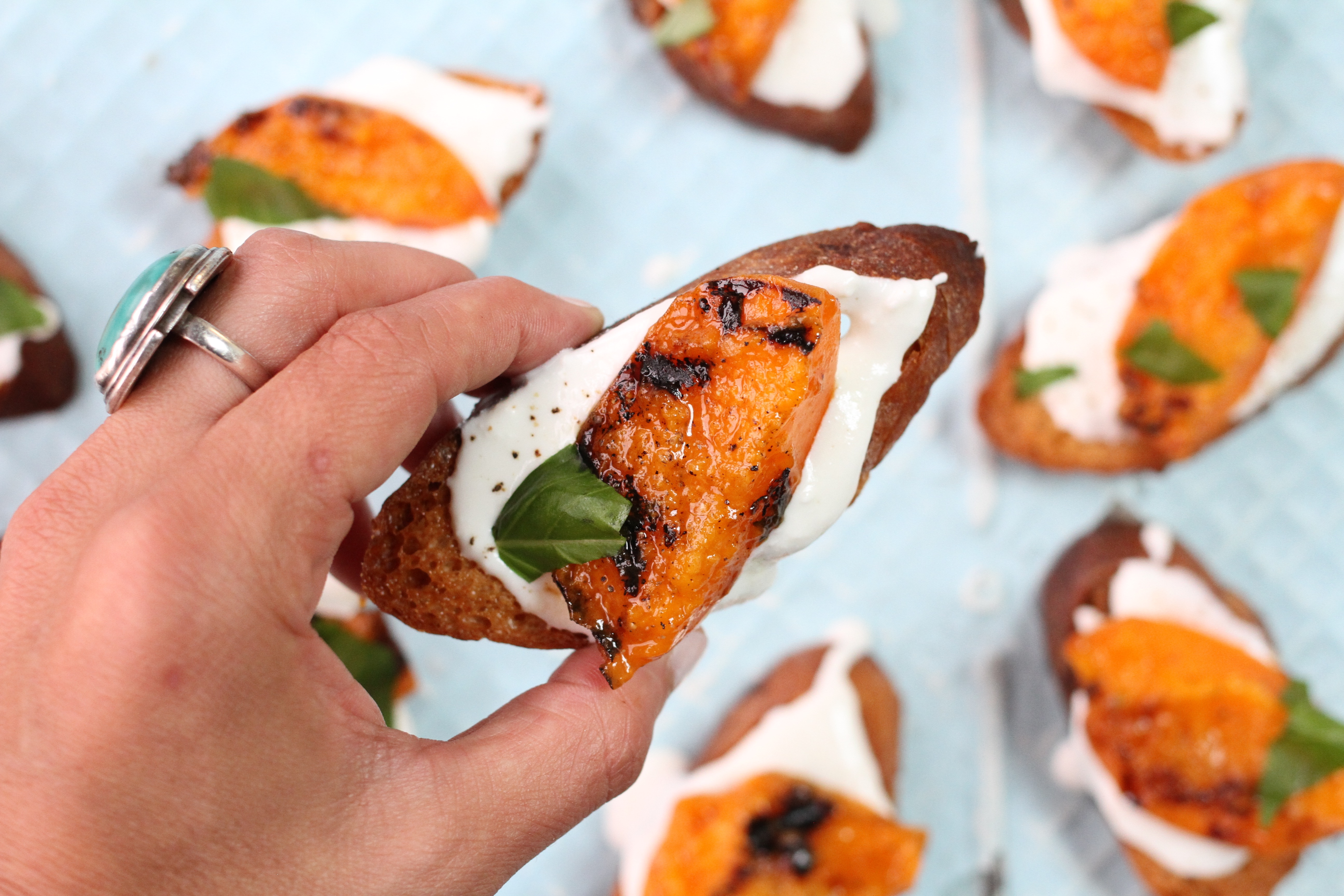 Grilled Apricot Crostini - MUNCHIES