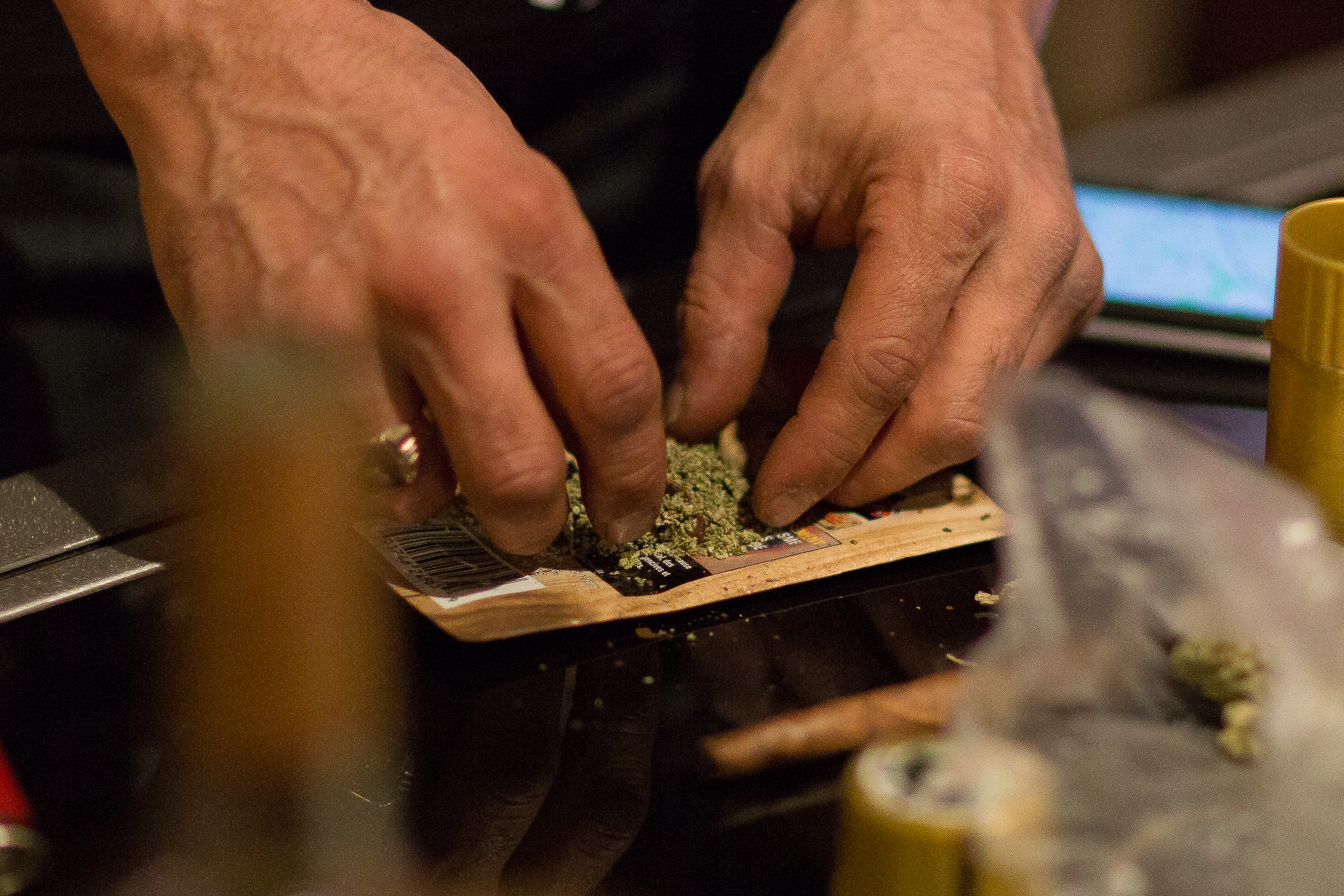 we asked experts what really happens when you mix weed with anti