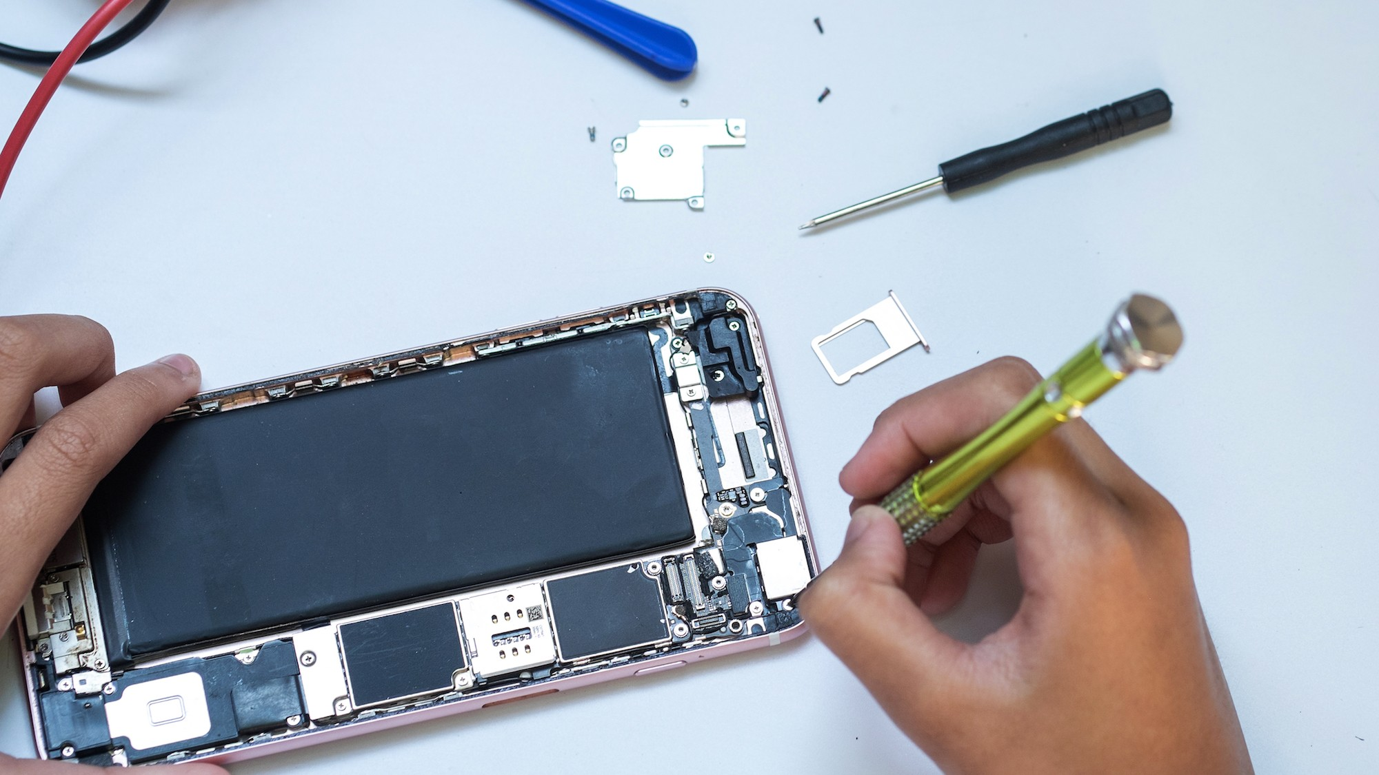 big tech companies are on the verge of killing right to repair