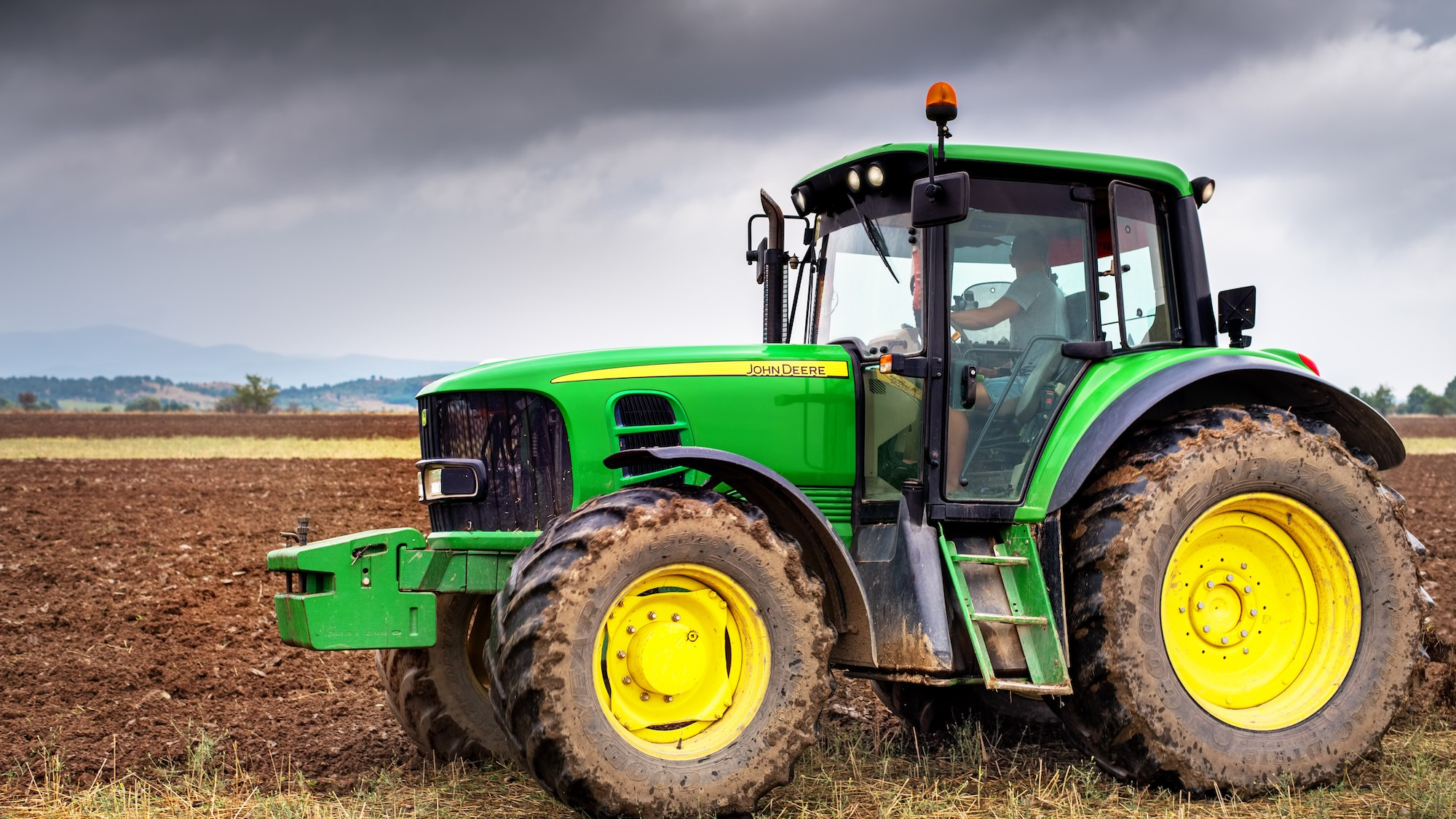 Why American Farmers Are Hacking Their Tractors With