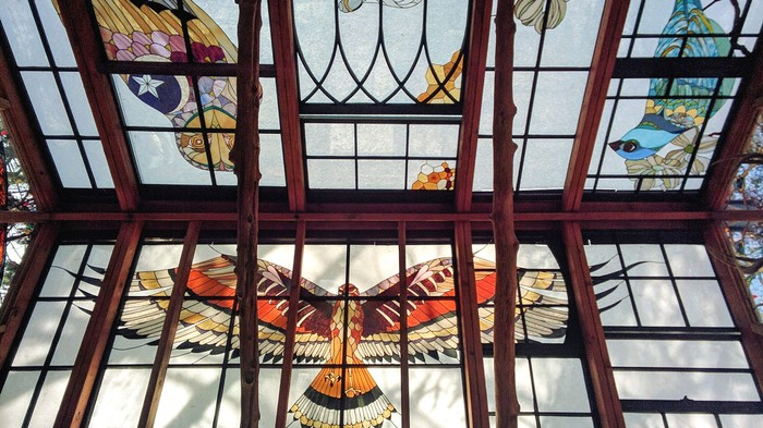 Breathtaking Stained-Glass Cabin Looks Ripped from a Fairytale
