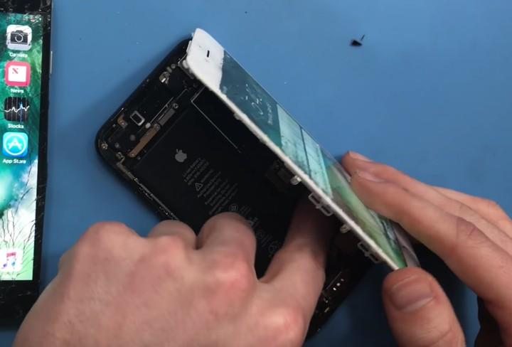 The iPhone 7 Has Arbitrary Software Locks That Prevent Repair