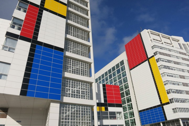 Buildings Get the Mondrian Treatment in the Netherlands