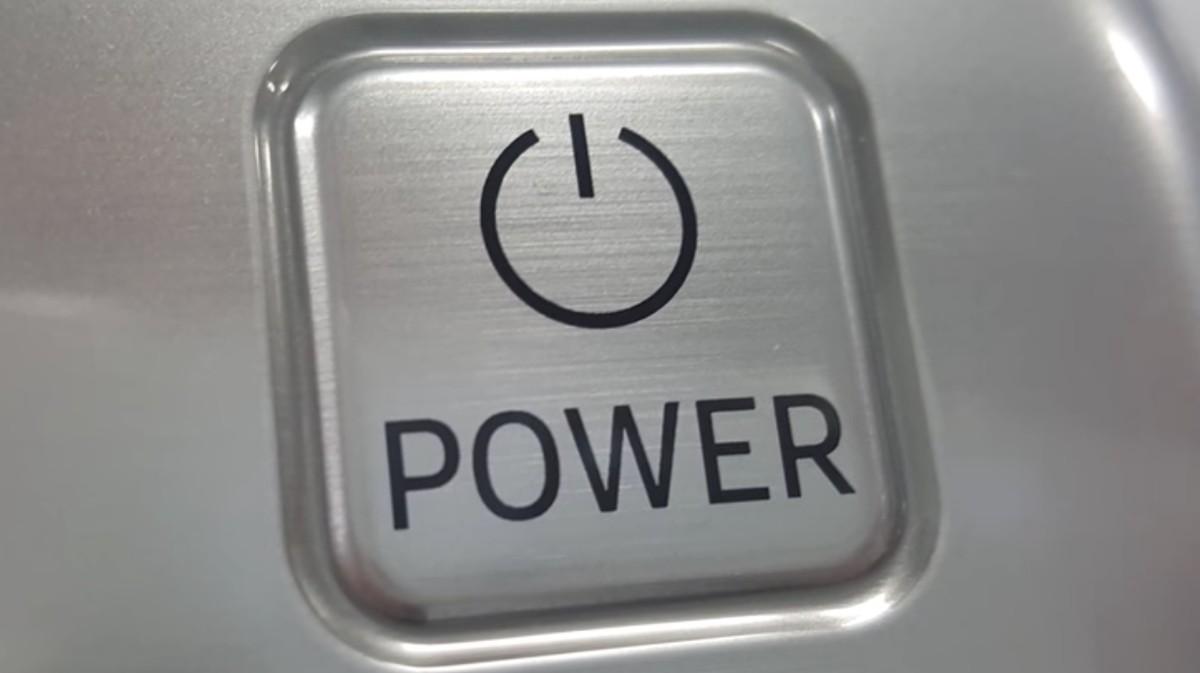 das ist die bedeutung hinter dem power button motherboard. Black Bedroom Furniture Sets. Home Design Ideas