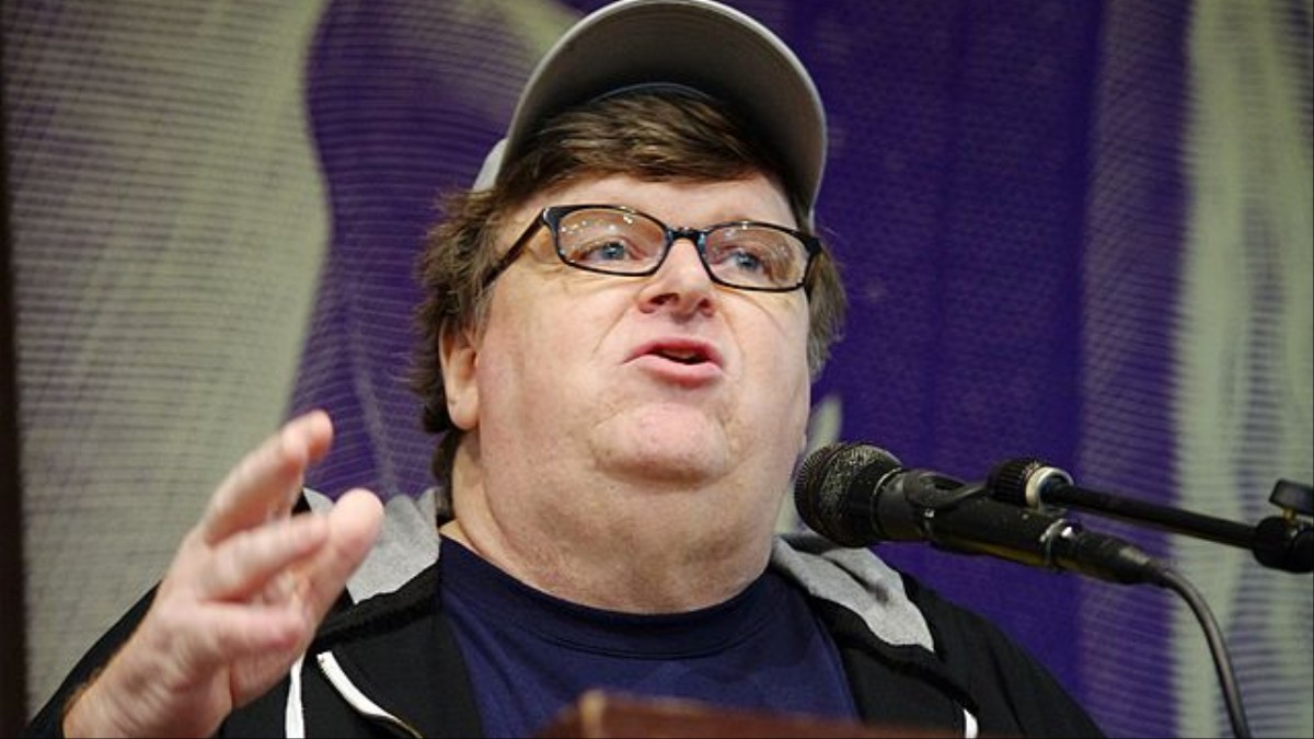 michael moore Liberal filmmaker michael moore called president trump out on friday for dubbing stephen bannon as sloppy, since he also referred to moore as sloppy in a tweet last year.