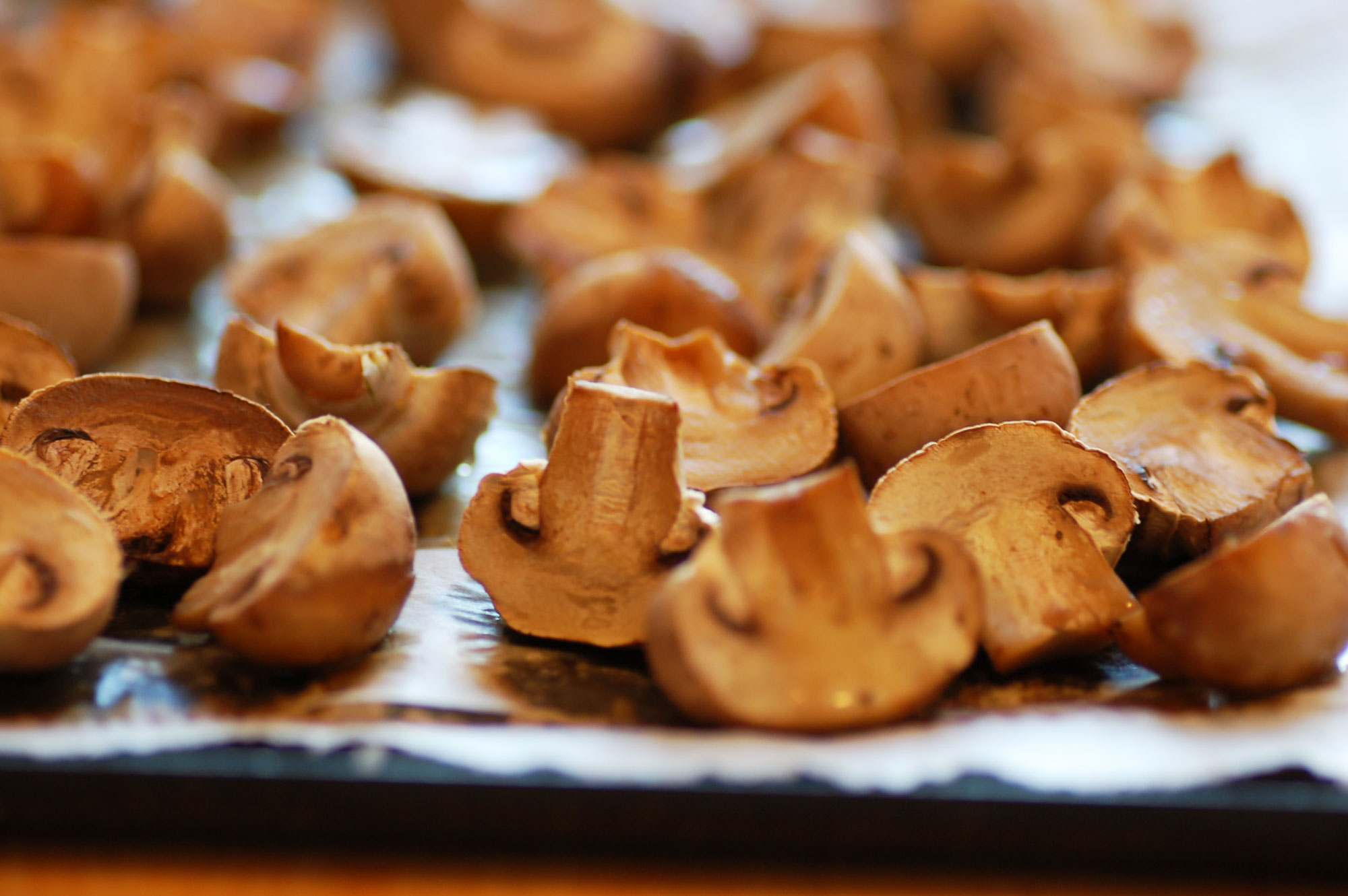 What factors affect the calories of fried mushrooms