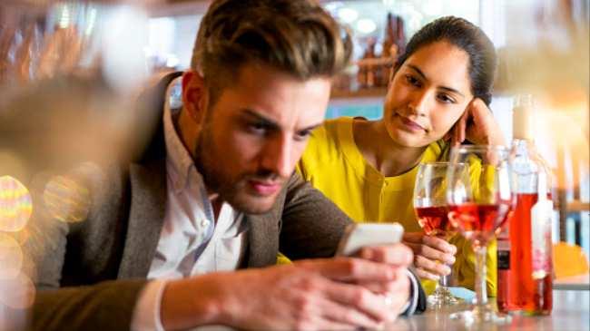 dating monogamously sort / hvid dating service