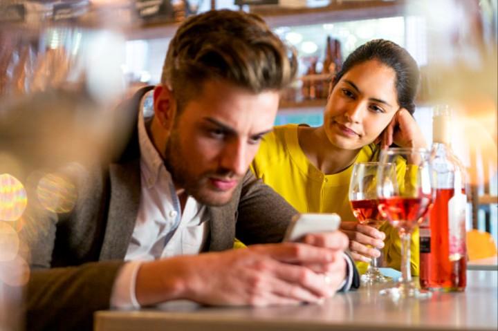 Dating monogamously