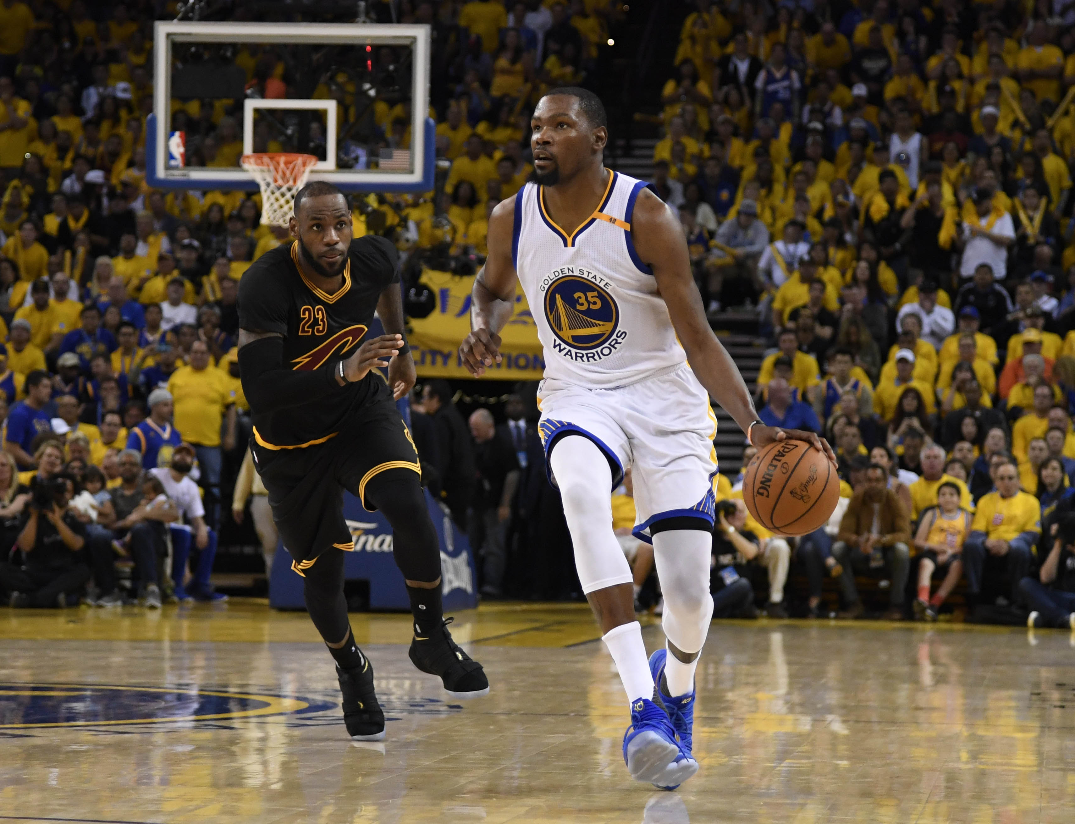 c87fe6daae3 Kevin Durant is About to Eclipse LeBron James as the NBA s Best Player