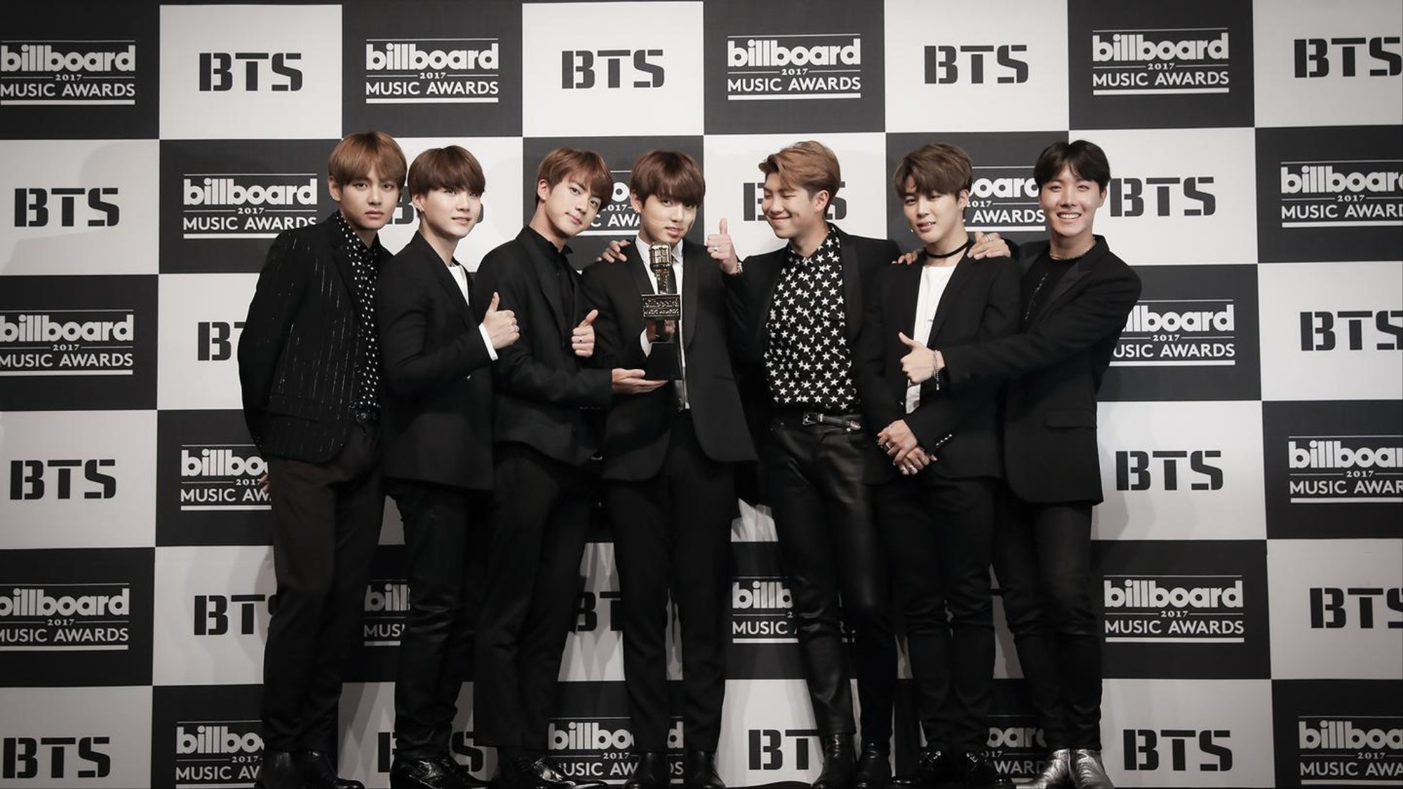 BTS Embody K-Pop's Present and Future Crossover - VICE