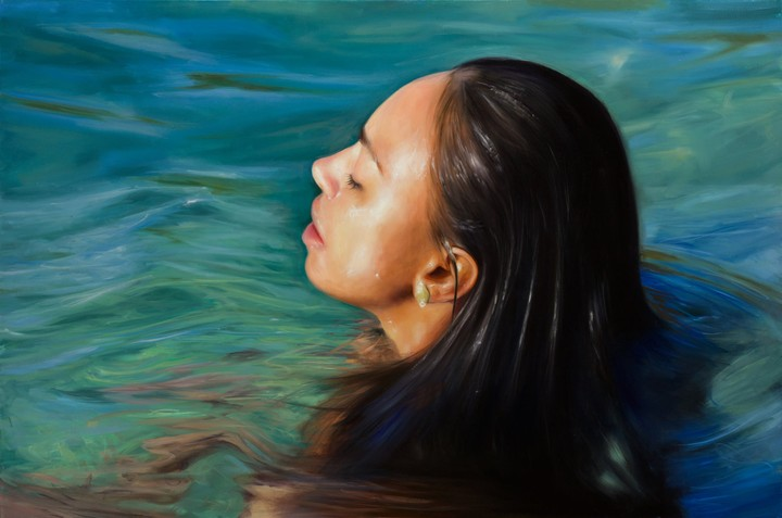 Hyperrealistic Water Nudes Swim for Female Empowerment