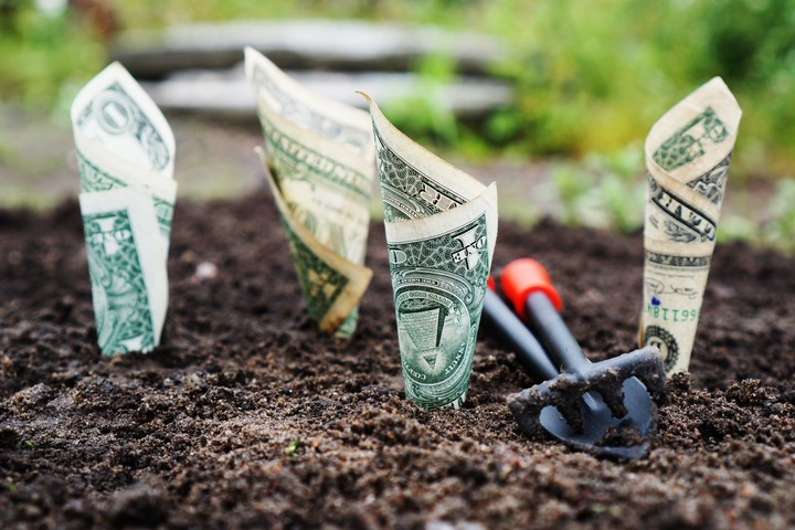 Effective Altruism Says You Can Save the Future by Making Money