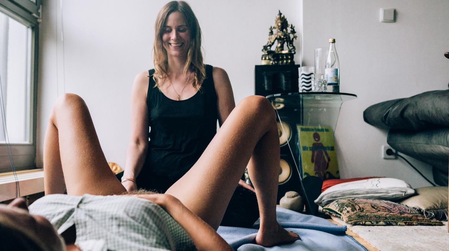 Cherish model nude ass