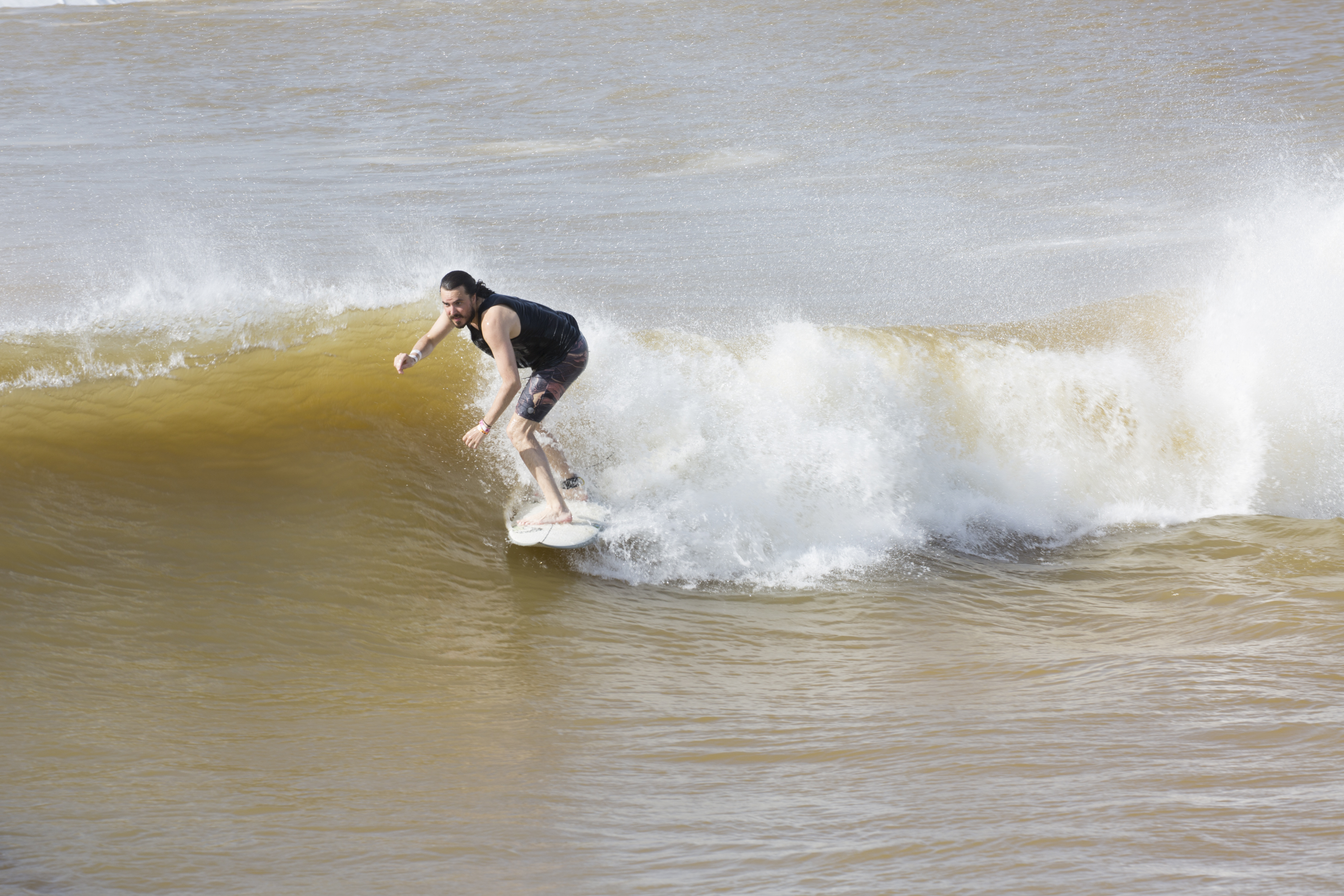 motherboard.vice.com - I Surfed a Perfect Man-Made Wave in the Heart of Texas