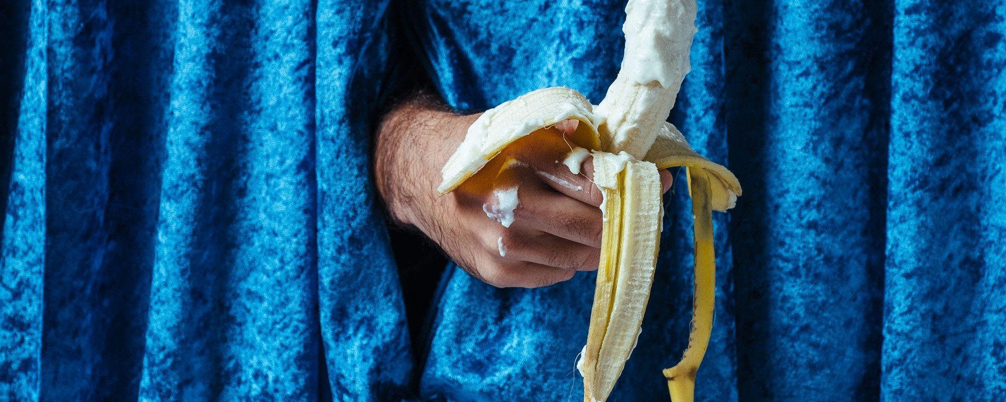 Nos Masturvamos En El Sofa Porno Casero vice - varias personas nos cuentan cómo fue su primera paja