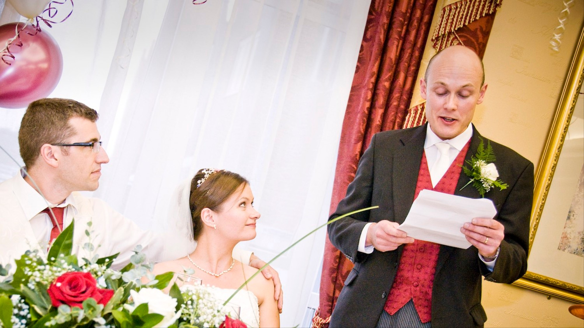 Bad Wedding Photos.Wedding Djs Describe The Worst Speeches They Ve Ever Heard Vice