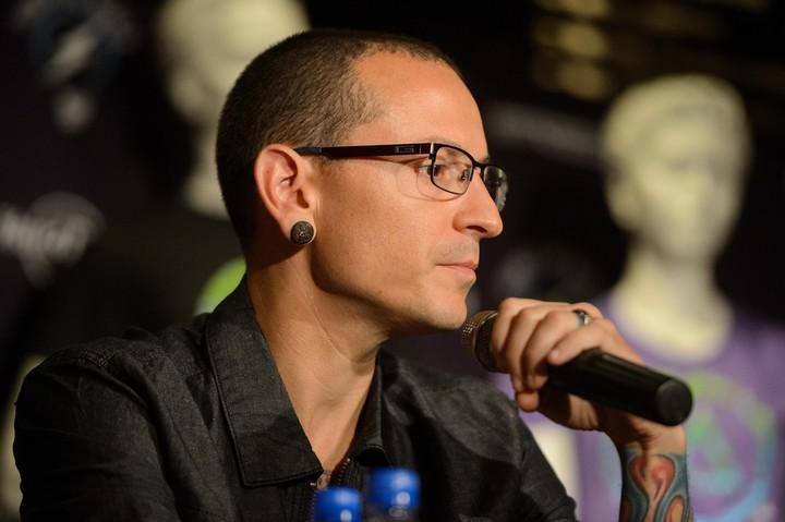 Chester Bennington, do Linkin Park, comete suicídio aos 41 anos