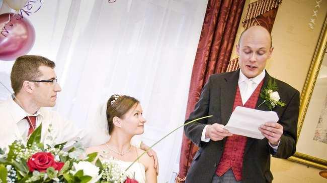 Cele Mai Idioate Discursuri De Nuntă Pe Care Le Au Auzit Djii ăștia