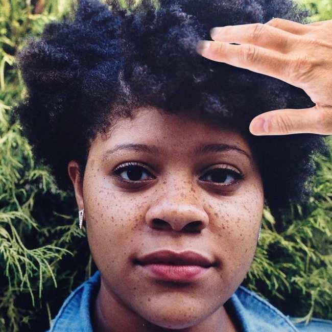 vrouw voor zwarten