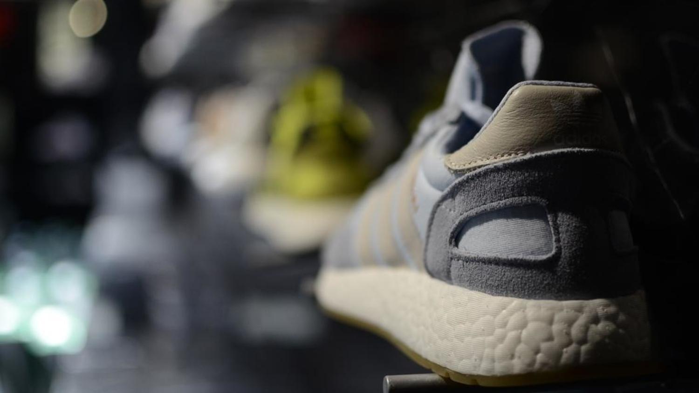 f11d41511921 Dans l univers impitoyable des bots chasseurs de sneakers - Motherboard