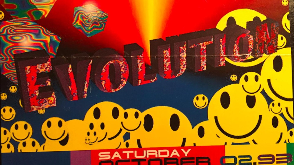 A brief history of the smiley face rave cultures most ubiquitous a brief history of the smiley face rave cultures most ubiquitous symbol noisey biocorpaavc Images