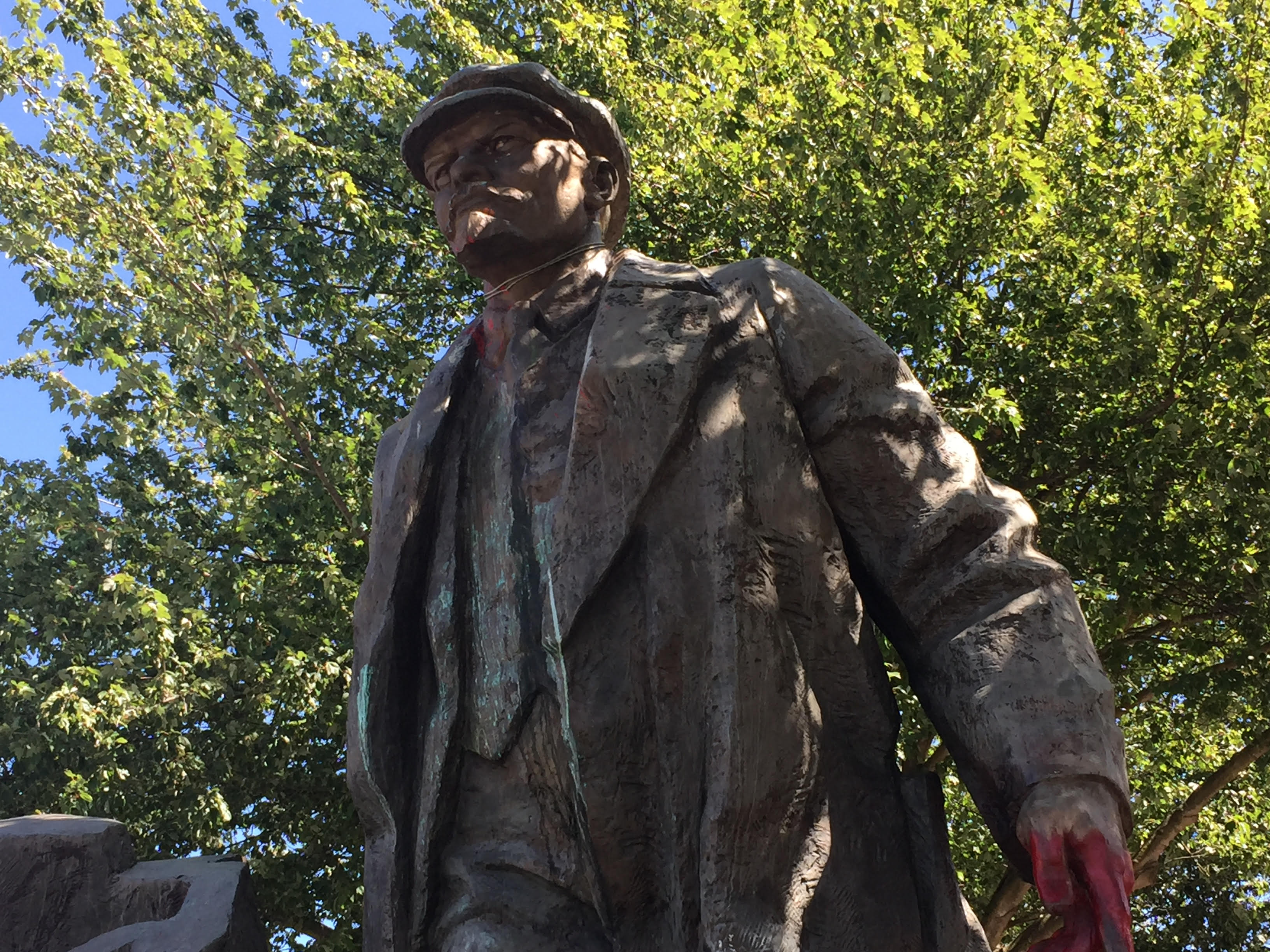 the strange story of seattle s suddenly controversial lenin statue rh vice com