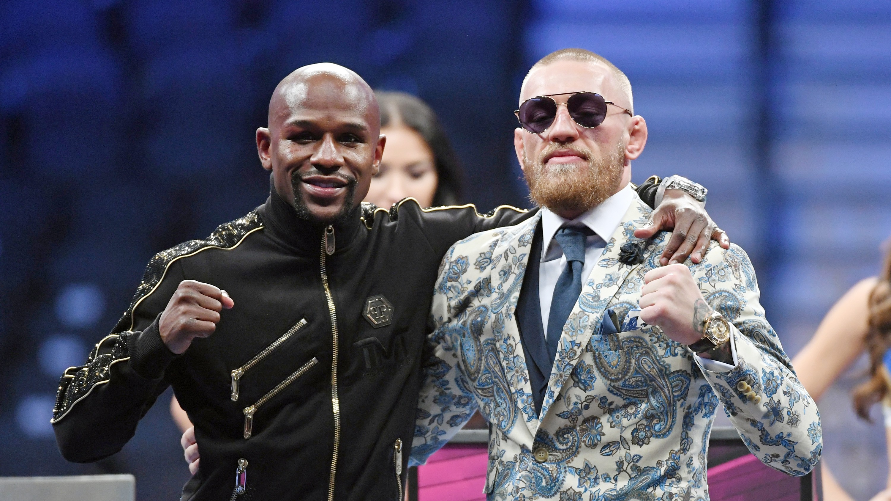 the mayweather mcgregor fight shows it u0027s impossible to stop social