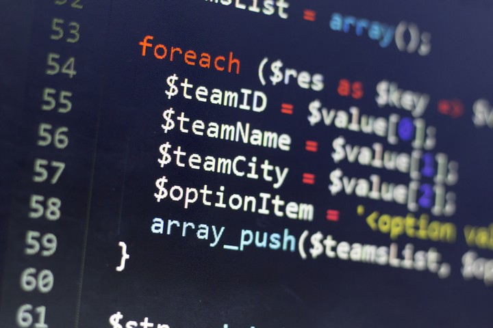 Coders In Wealthy and Developing Countries Lean on Different Programming Languages
