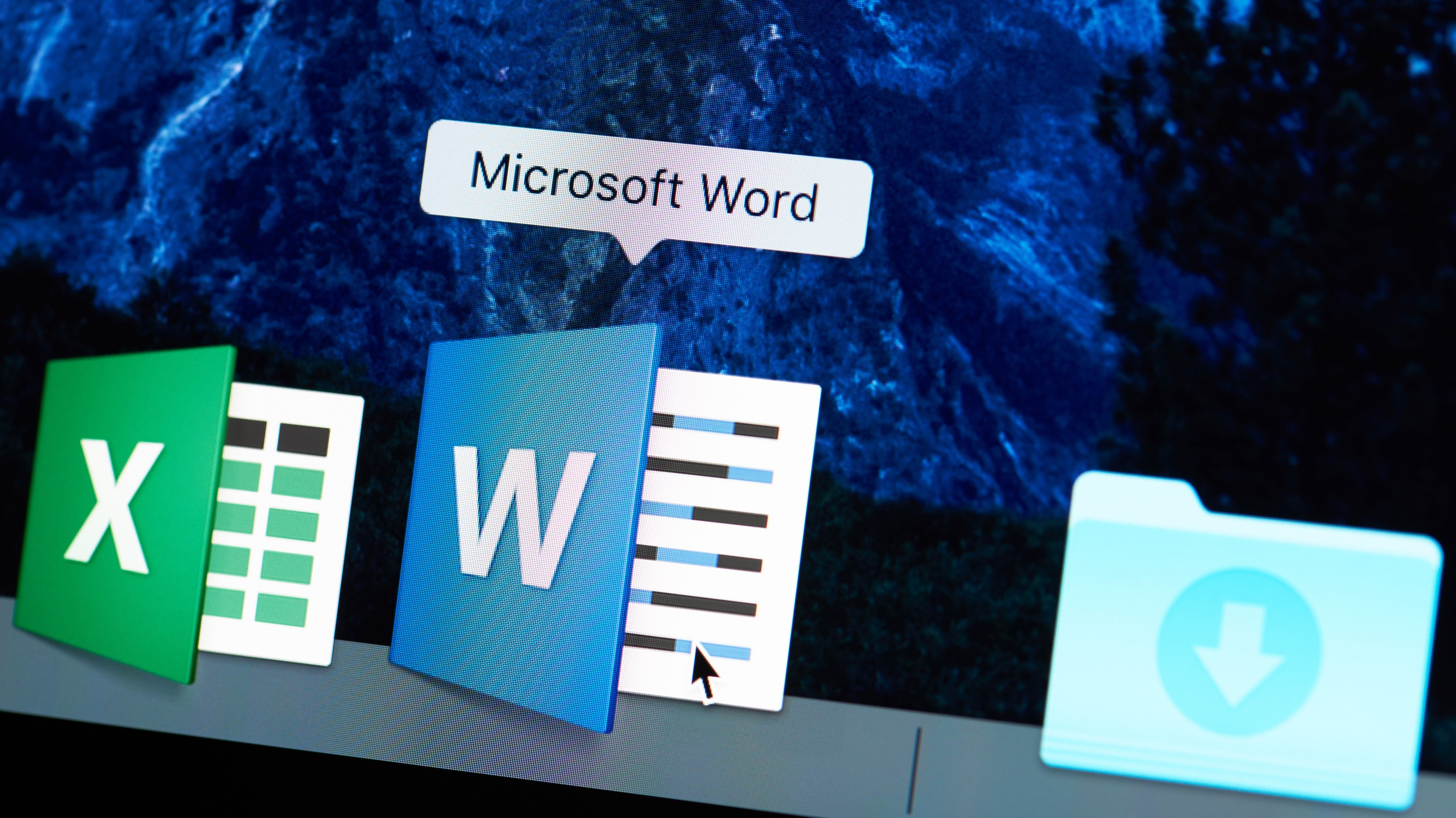 researchers catch microsoft zero day used to install government