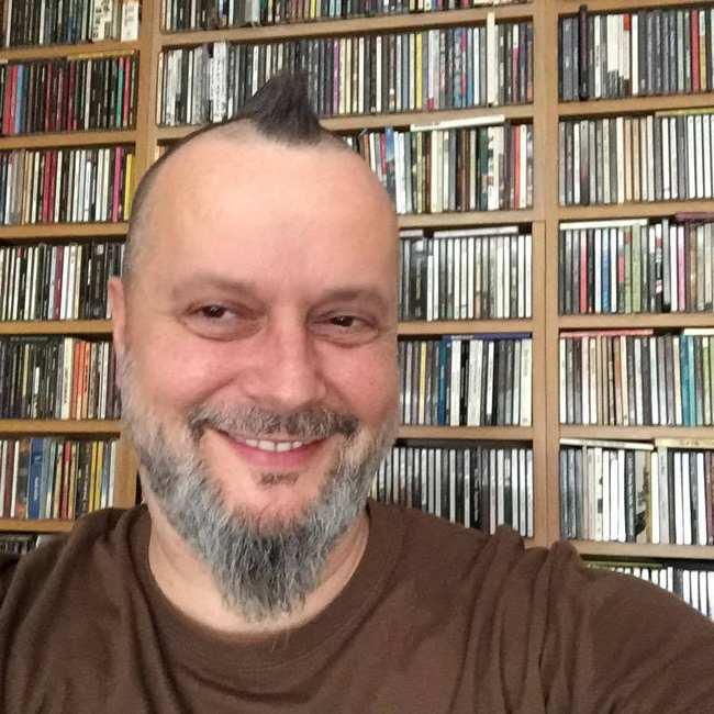 """The Beatles Polska: Krzysztof """"Grabaż"""" Grabowski opowiada o The Beatles"""
