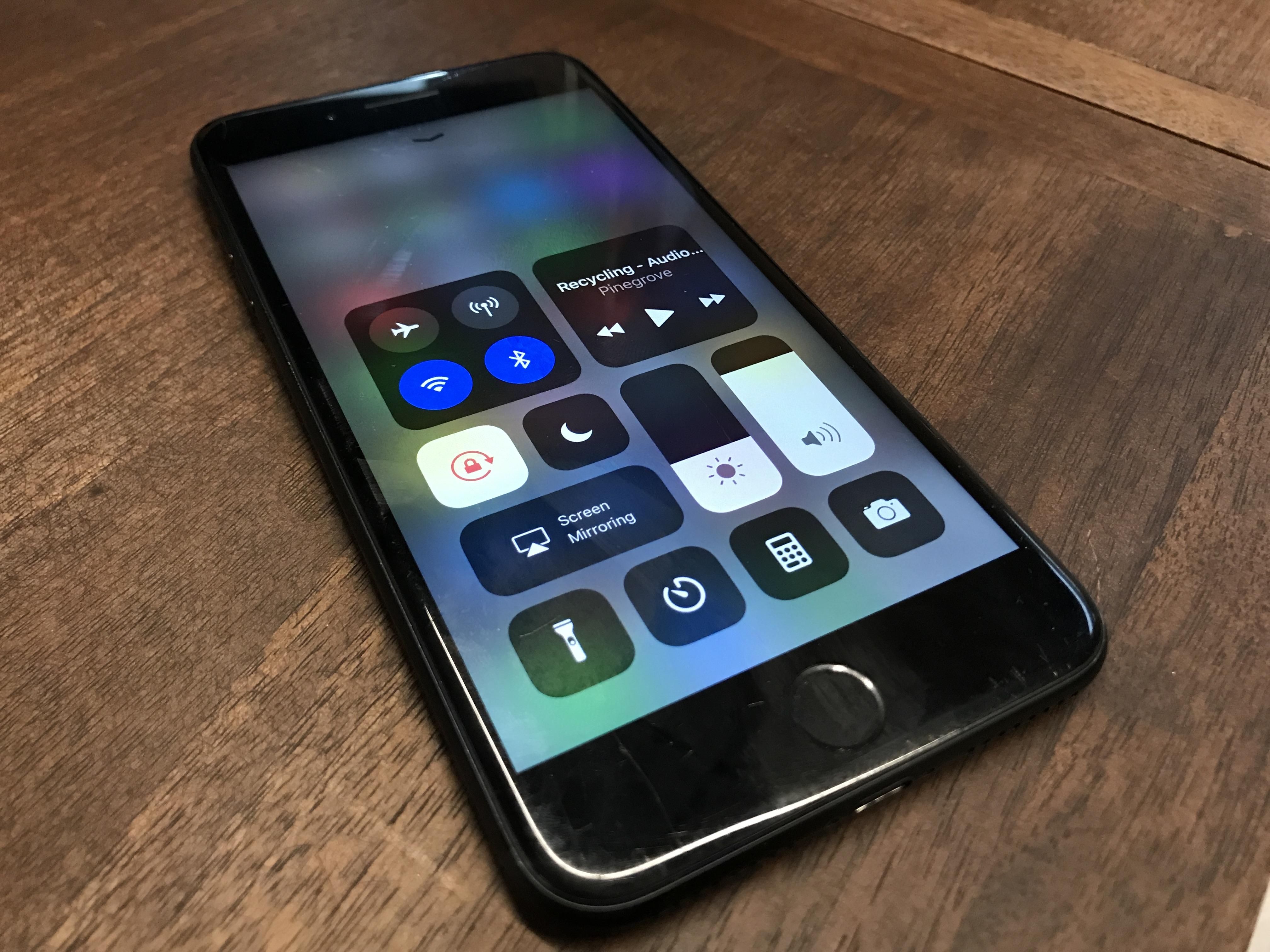 Iphone 5 uhr als hintergrund