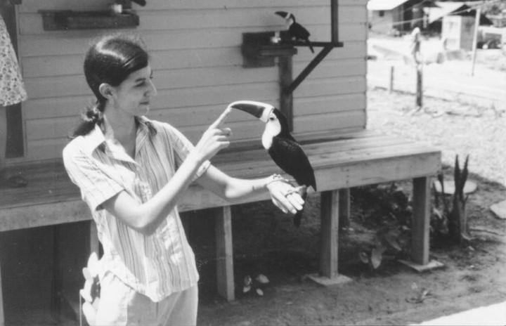 Prima del suicidio di massa: foto da Jonestown, la setta più fatale della storia americana