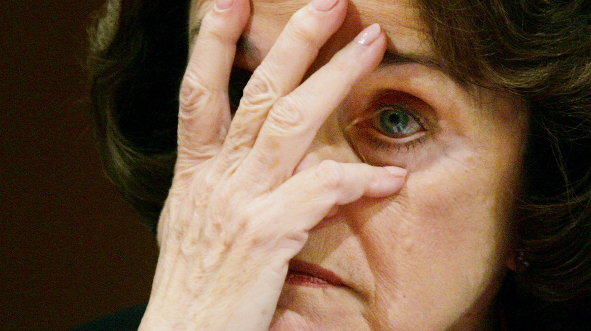 Leftists Are Preparing to Push Dianne Feinstein Out of the Senate
