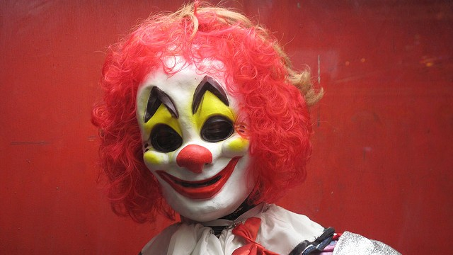 this tween says he beat up a creepy clown with a selfie stick vice