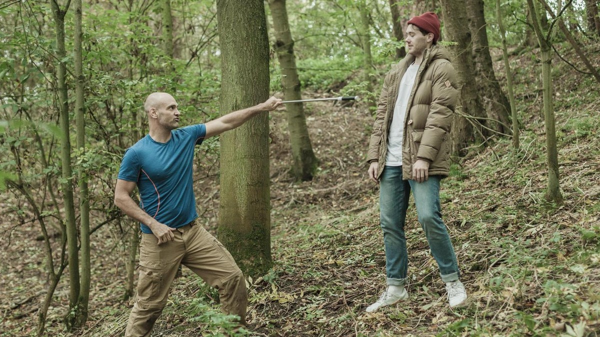 Marooned with Ed Stafford - what time is it on TV? Episode