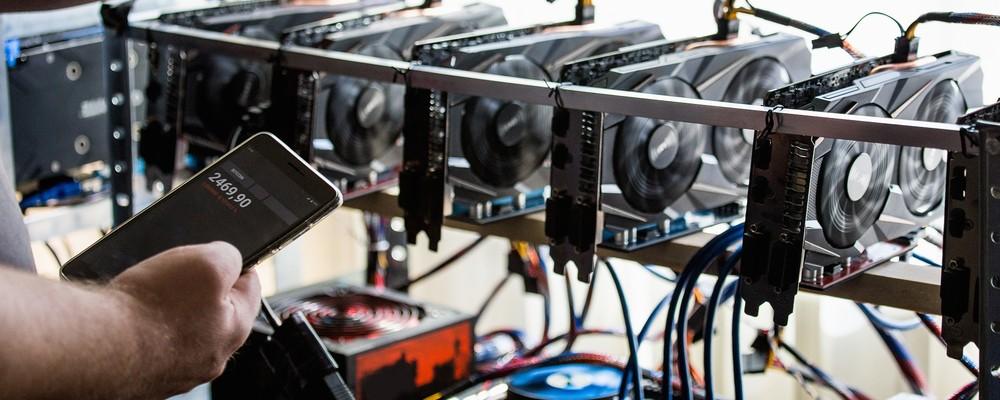 Compri Tesla, paghi in Bitcoin: da oggi è possibile