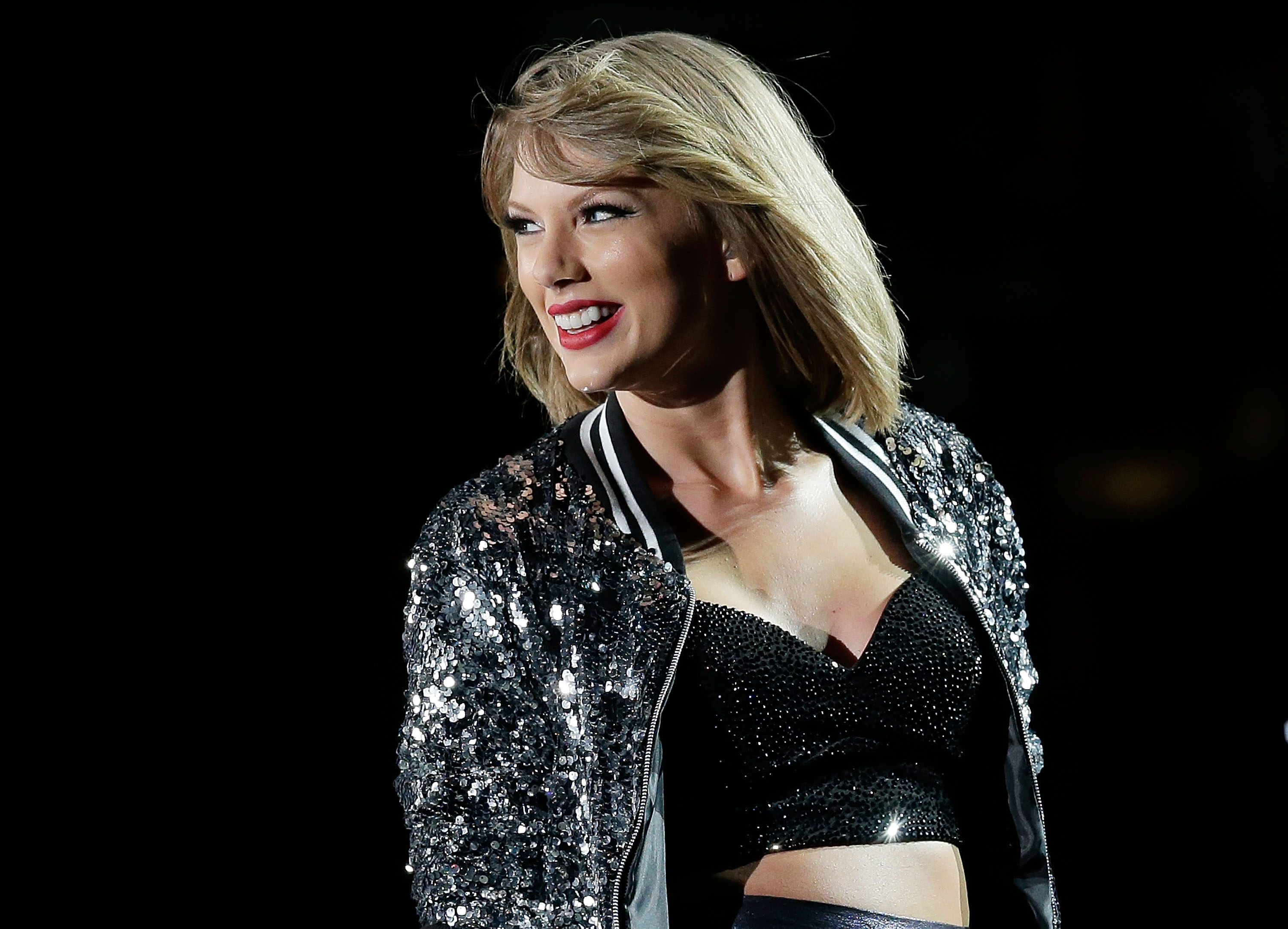 Taylor Swift Is Too Big to Fail - Noisey
