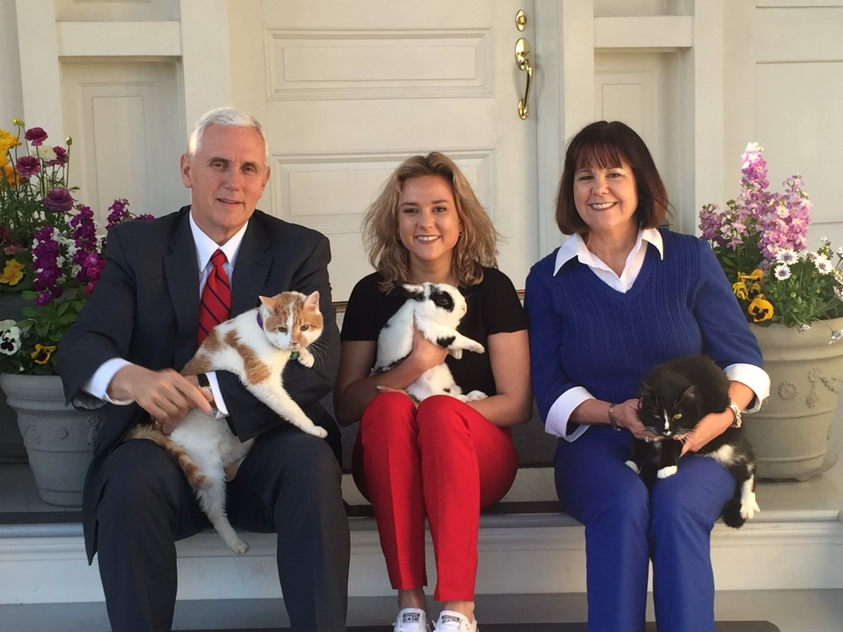 motherboard.vice.com - Mike Pence's Instagram-Famous Bunny Has Tragically Overgrown Nails